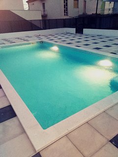 With swimming pool-Apartman Pere-