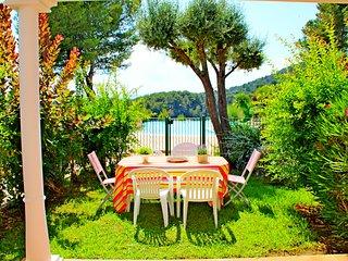 Rivage du Lac Agay :  T3 jardin calme - RL - 60la 113la