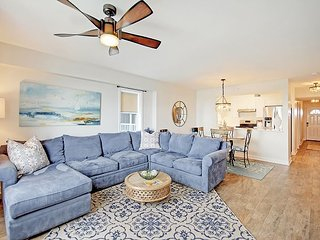 Updated 3BR w/ Screened Porch & River Views—1 Mile to Beach, Near Charleston