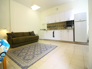 Cosy 1 Bedroom City Center - Nachlaot