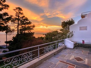 Agios Dimitrios Kropias Holiday Home Sleeps 9 with Air Con and Free WiFi