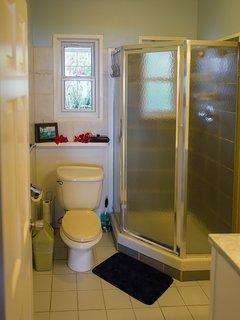 En suite bathroom for  King Bedroom #2