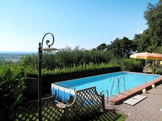 2 bedroom Villa in Sassaia, Tuscany, Italy : ref 5650998