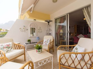 Costa Adeje 1 Bed Apt with Sea Views
