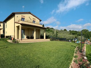 3 bedroom Villa in Il Fatai, Tuscany, Italy : ref 5651194