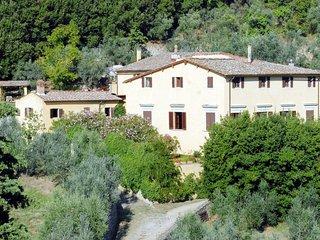 4 bedroom Villa in Mugnana, Tuscany, Italy : ref 5650958