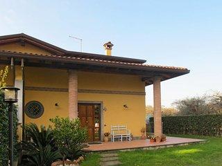 3 bedroom Villa in Ripa-Pozzi-Querceta-Ponterosso, Tuscany, Italy : ref 5650944