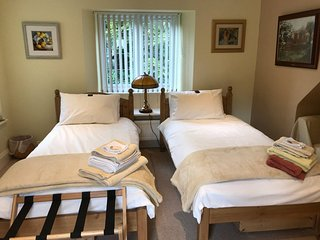 En suite room for up to four in cosy rural cottage