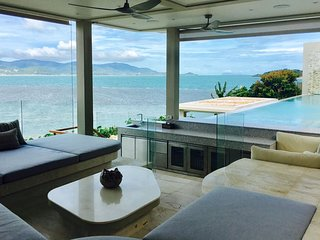Moonstone - A 6-bed Oceanfront Villa w Sunsets in Best Location on Samui