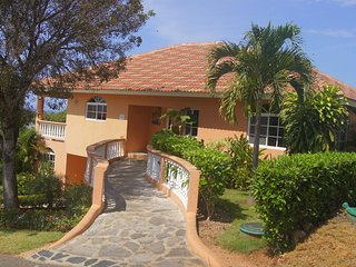 Beautiful 3 Bedroom ocean view villa in sosua