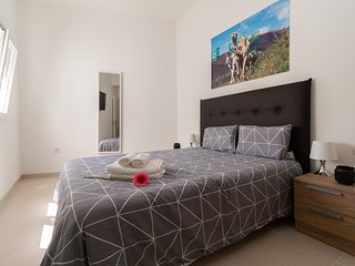 302 Bright and modern apartment in Arrecife, Lanzarote, 6 people