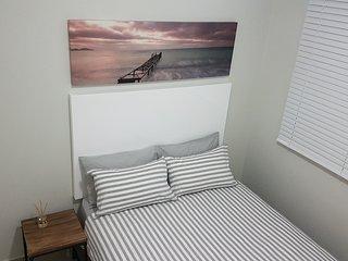 Top Floor 2 Bedroom Apartment - Umhlanga