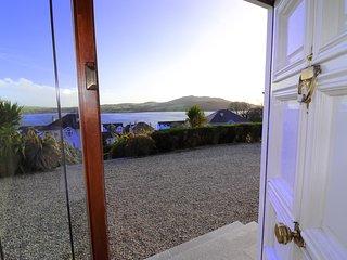 5 Oceans House - Front Door