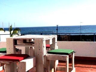 Bonita casa con gran Terraza vistas al mar
