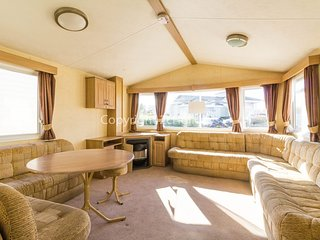 8 Berth caravan. With double glazing near amenities. Pets welcome .50002 Fulmar