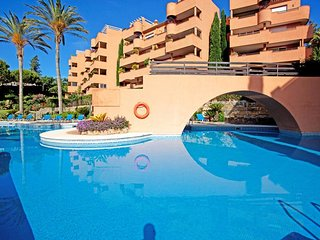 Stunning 2 bedroom 2 Bathroom, 3 Pools , El Vicario El Soto De Marbella Area
