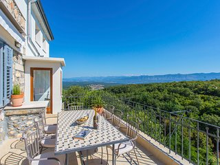 4 bedroom Villa in Dobrinj, Primorsko-Goranska Županija, Croatia : ref 5652143