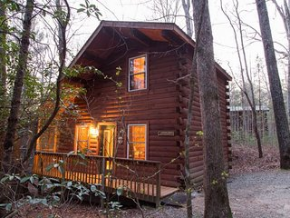 Puppy Love ( 1 Bedroom cabin )