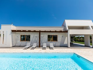 Modern Design Villa - private pool - Polignano a Mare