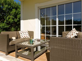 Great villa with Pool/Barbecue near Beach and Golf