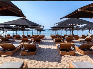 Varkiza Luxurious Beach 300 M Thisseos K