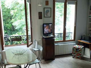 Lovely Flat in Paris - Casque d'or Film