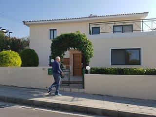 Villa Rossini - 2 specious bedrooms villa with a private pool.