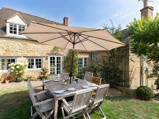 Pilgrim Cottage, Bourton-on-the-Hill, Cotswolds