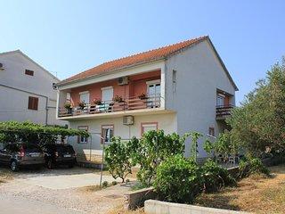 Two bedroom apartment Tkon (Pašman) (A-8302-b)