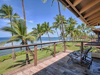 Puamana 254-1 Elegant Oceanfront Beautiful Remodel
