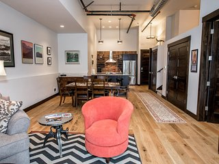 Immaculate condo in downtown Whitefish 1 bed w/ loft!