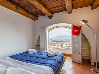 Cosy studio in the center of Naples with Internet, Air conditioning