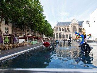 A PARISIAN THRILL NEXT TO THE SEINE-RUE ST MARTIN