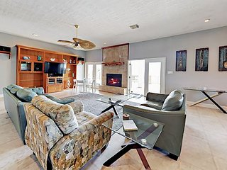 Open-Concept 4BR w/ Tiki Bar & Big Porch – 500 Feet to Crystal Beach!