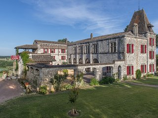 Chateau de Scandaillac 8 Bedroom 13th Cen. Castle