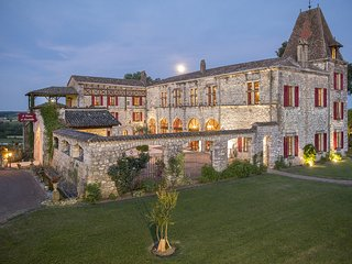 Chateau de Scandaillac 9 Bedroom 13th Century Castle