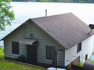 Woodhill Resort - Boat House