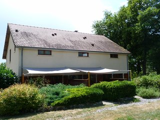 Clan Boucheron - Animal friendly holiday home