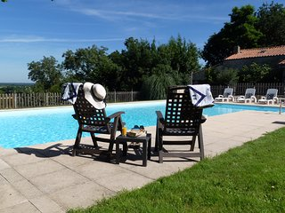 Le Vieux Café Holiday Home