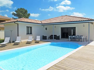 3 bedroom Villa in Messanges, Nouvelle-Aquitaine, France : ref 5649945