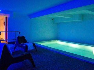 Levassaix Apartment Sleeps 2 with Pool and Free WiFi - 5653109