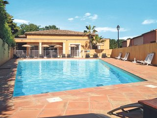 2 bedroom Apartment in Puget-sur-Argens, Provence-Alpes-Côte d'Azur, France : re