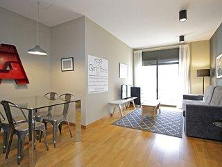 Great 2 bedroom in Eixample wifi, optional parking -Ext
