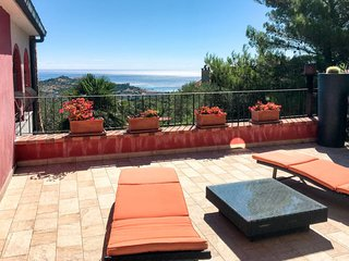 3 bedroom Villa in Poggi Inferiore Poggi Superiore, Liguria, Italy : ref 5651294