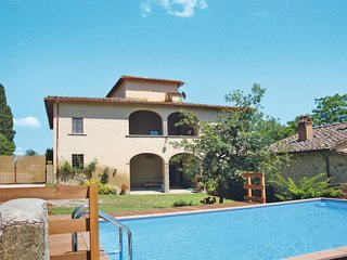 4 bedroom Villa in Sergine di Sotto, Tuscany, Italy - 5651292