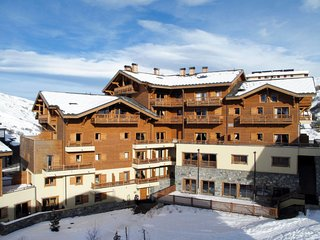 3 bedroom Apartment in Les Ménuires, Auvergne-Rhône-Alpes, France : ref 5653383