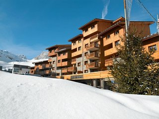 3 bedroom Apartment in Les Boisses, Auvergne-Rhone-Alpes, France : ref 5653128