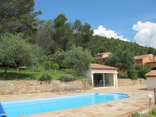 3 bedroom Villa in Cuers, Provence-Alpes-Côte d'Azur, France : ref 5650015