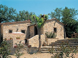1 bedroom Apartment in Castellina in Chianti, Tuscany, Italy : ref 5447408