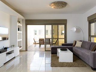 Penthouse Jerusalem XVIII - Stayfirstclass (Sukkah included)
